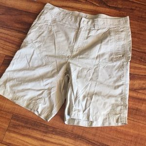 The North Face size 34 light tan